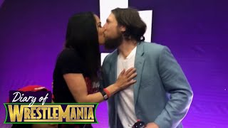 Daniel Bryan's KISS interrupts a Bella Army autograph session! - Diary of WrestleMania