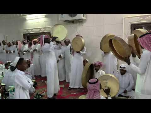 رايح بيشه لحن وانا البارحه يوم العرب رقدو ونيت..🎤عبدالمجيد الاكلبي الكبسوله