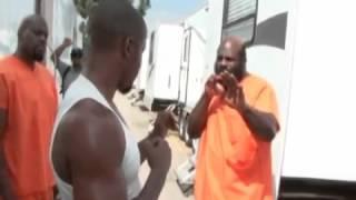 майкл джей уайт учит бойца кимбо как правильно бить удар