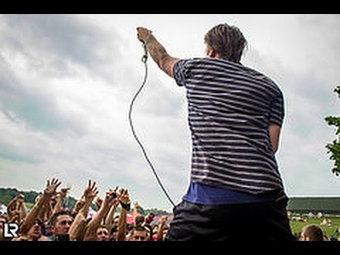 Beartooth - The Lines (Live at Warped Tour Toronto 2014)