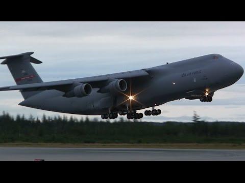 USAF C-5 Galaxy - Very Loud Takeoff
