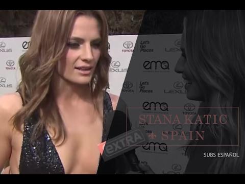 Stana Katic Interviewed at the 25th EMA's Green Carpet [HD] (Subtítulos en español)