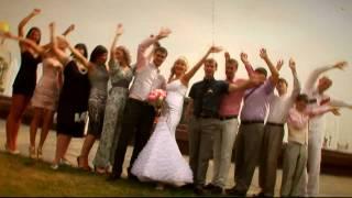 Свадебная прогулка молодоженов (www.framestudio.ru)