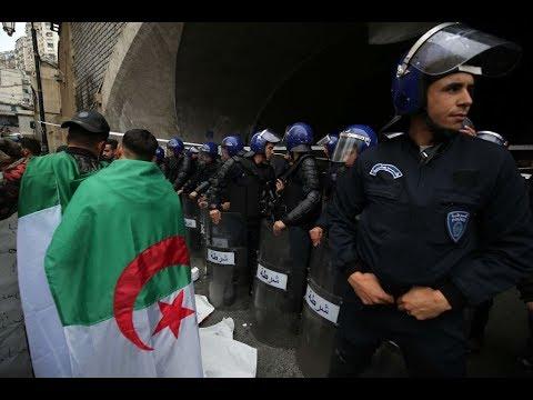 اجتماع استثنائي في حزب جبهة التحرير الوطني الجزائري  - نشر قبل 23 دقيقة