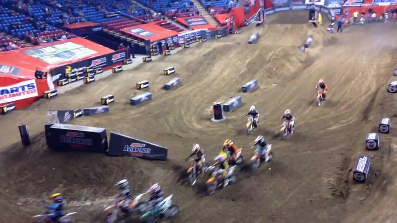 Motocross Kids Rippin On Dirt Bikes Arenacross edition - YouTube