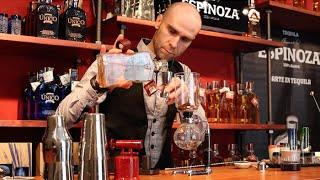 Javier Caballero Preparando El Mexican Coffee Para Tequila Espinoza