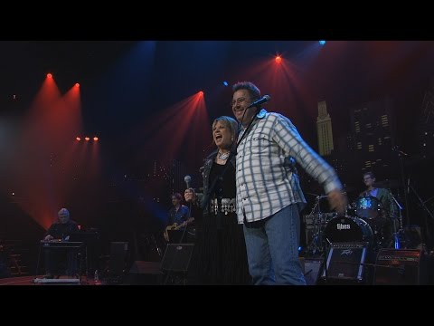 """Austin City Limits Hall of Fame - Patty Loveless & Vince Gill """"After The Fire Is Gone"""""""