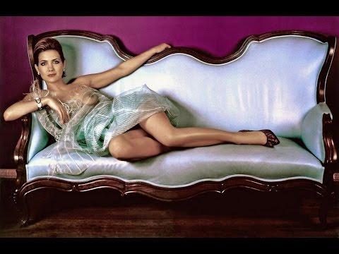Анна Ковальчук в эротических фото сетах и онлайн секс
