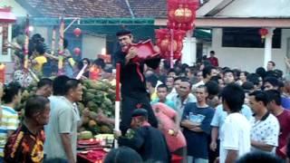 Video lok thung sin chong - belinyu. download MP3, 3GP, MP4, WEBM, AVI, FLV Juli 2018