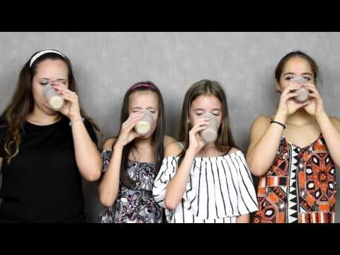 Smoothie challenge with Ana and Tea