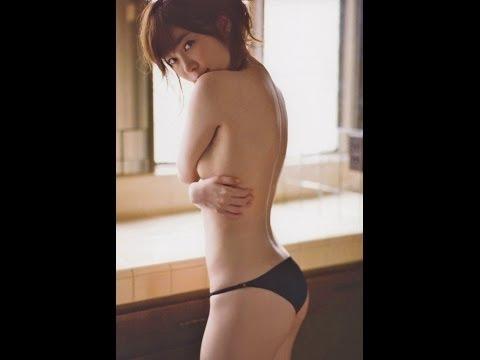 AKB総選挙№1 HKT指原莉乃の全裸グラビアが大反響! ノーブラおっぱいと生尻にフルボッ◯