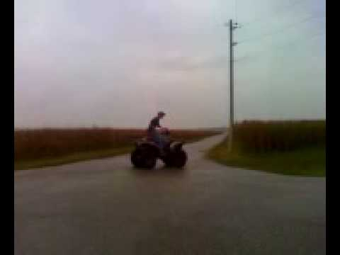 1995 Polaris Sportsman 400 4x4 burnout