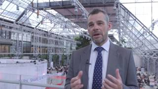 The influence of ibrutinib on progression-free survival and complete survival