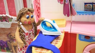 Blue Baby in WASH HER DRESS - Stop Motion Cartoons For Kids