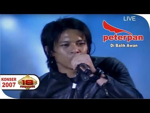 PETERPAN ~ DI BALIK AWAN | KEREN AKSI ARIEL DI PANGGUNG INI ..  (LIVE KONSER PALEMBANG 2007)
