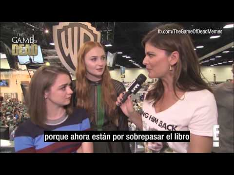 ENTREVISTA:  Maisie Williams y Sophie Turner Comic-Con 2015 (Subtitulado)