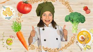 Повар Эмилюша готовит на Детской кухне