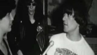 Momento Classico de Dee Dee Ramone LEGENDADO