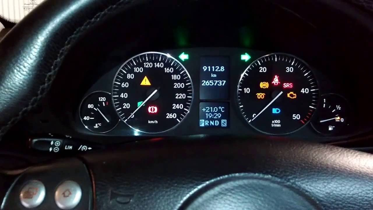 Mercedes w203 cdi dashboard test youtube for Mercedes benz dashboard lights not working