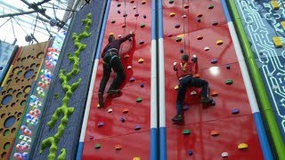 Video Clip 'n Climb at Edinburgh International Climbing Arena, on Live At Five. download MP3, 3GP, MP4, WEBM, AVI, FLV Oktober 2018