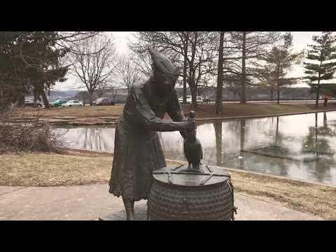 Cincinnati - Eden Park Frozen Lake Melting