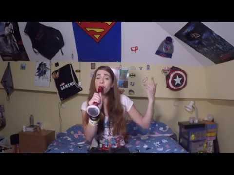 ¡Cantamos con el micrófono WTF smart karaoke!