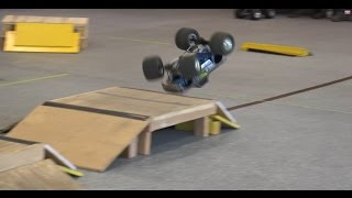 Trigger King R/C Monster Trucks - BIGFOOT Super Crush Sunday - Modern Monster Trucks - Freestyle