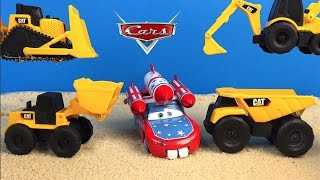 CAT CONSTRUCTION MIGHTY MACHINES AT JOBSITE WITH DISNEY CARS LIGHTNING MCQUEEN FROM MATER'S TALES