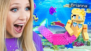 Playing Minecraft as a MERMAID!