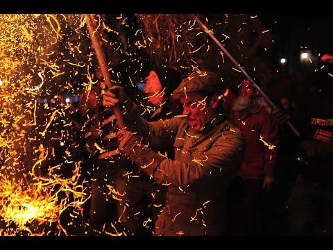 Día grande en Castro Caldelas con la Festa dos Fachós