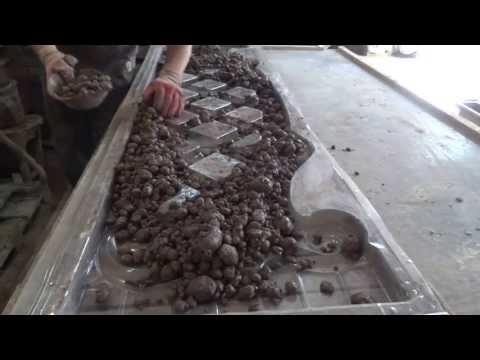Заливка бетоном формы евро-забора из ПВХ прозрачного.Харьков Будформа