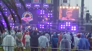 内容は一日目とほぼ同じ。 ただ、雨で観客は少なめでしたね。