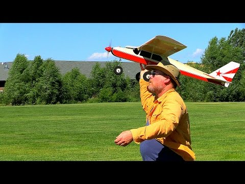David Hand-Launches Steven's Great Planes, PT-40 - July, 31,2015