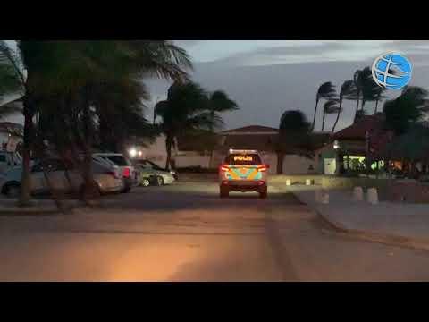 Polis a controla beach pa cumplimento di 'gebiedsverbod' despues di 7'or awe