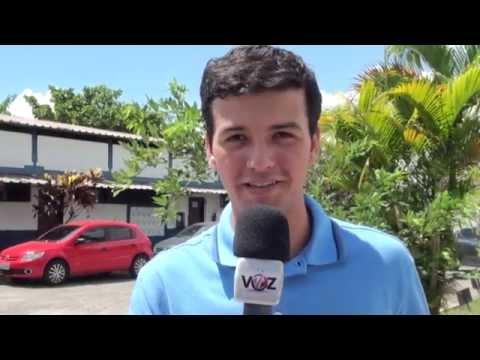 O repórter Jhonata Amado está ligado na TV Voz