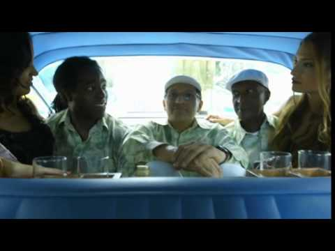 Gratulation auf kubanisch / Zum Auftakt der bundesweiten Taxi Especial City-Tour gratuliert Havana Club einer ganz besonderen Jubilarin