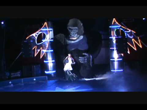 Robert's Internacional Circus - King Kong
