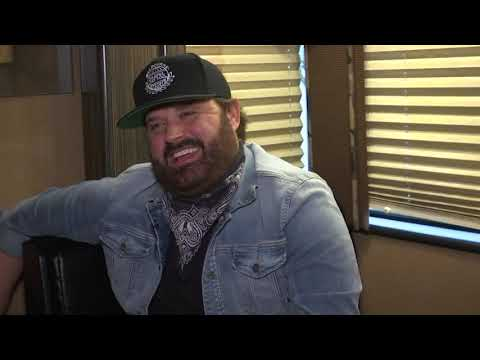 Randy Houser gets cinematic on 'Magnolia' Mp3