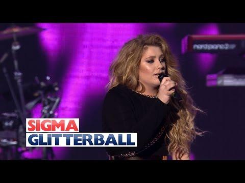 Sigma ft. Ella Henderson - 'Glitterball' (Live at Jingle Bell Ball 2015)