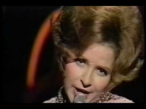 Brenda Lee - Johnny One Time (Live in 1970)