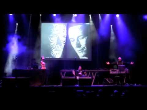 ELECTRONIKBOY _ VOILÀ REPRISE - Santa Coloma de Gramenet 2009