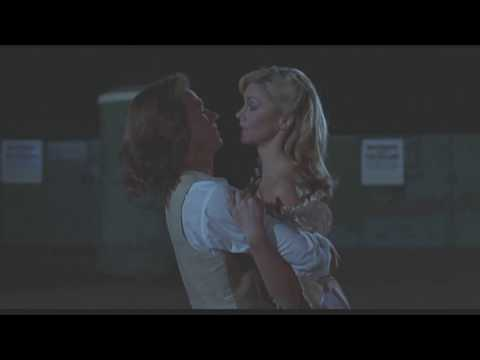 Xanadu  Movie  Sunddenly  ♦  Olivia NewtonJohn & Michael Beck  as Sonny Malone