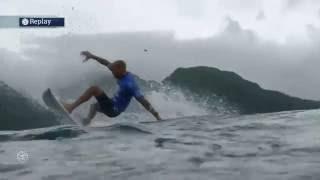 Slater's Tahiti Tube in Round Three