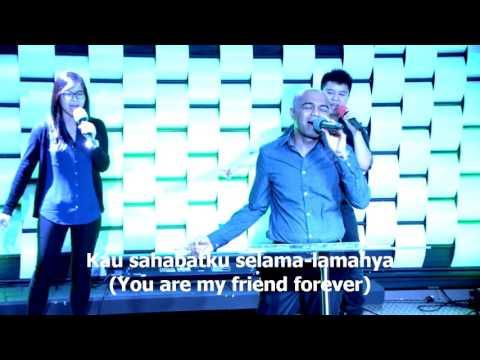Yesus Kaulah Sahabatku, worship led by Efraim Tamba