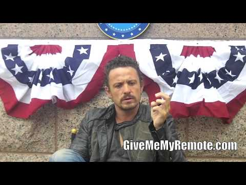 REVOLUTION: David Lyons Talks About Monroe's Pointed Charlie Comment