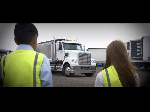 Coronado 114 Truck Walk Around | Freightliner Australia | Top Bonneted Prime Mover