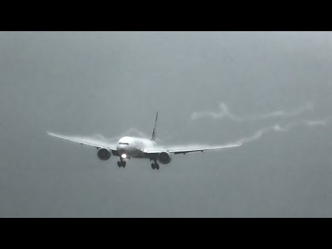 Stormy Landings/Takeoffs at Auckland Airport AKL (VORTICES, CROSSWINDS)