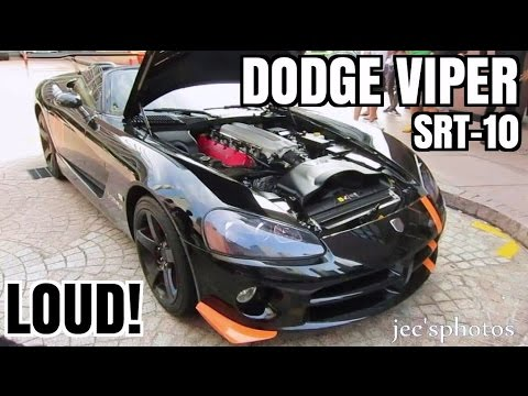 LOUD Dodge Viper SRT-10 in Singapore - Startups, Engine Sounds and Powerslide!