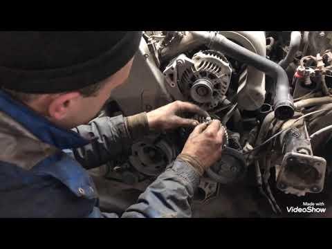 Как поменять помпу или ГРМ на Volkswagen Passat (B5) 1.6 бензин. Что нада сделать.