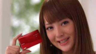 佐々木希さん出演で話題のFUJIFILMの新型デジカメFINEPIX Z700EXRのCMで...